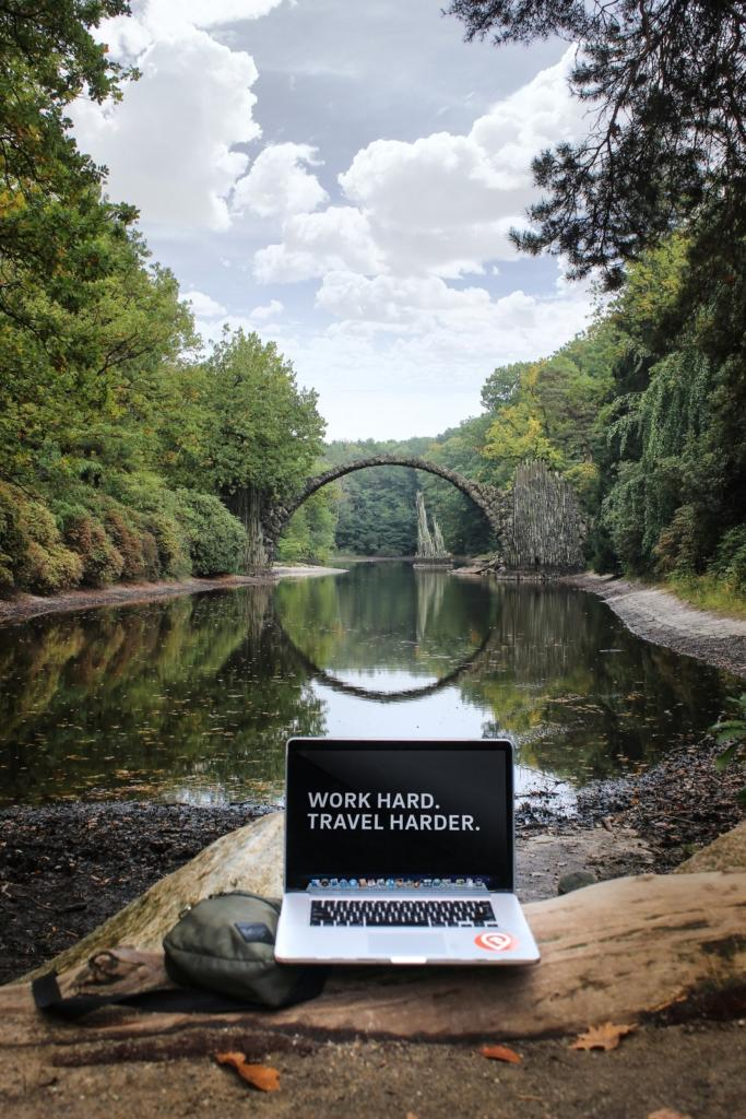 lavorare nel digitale e viaggiare