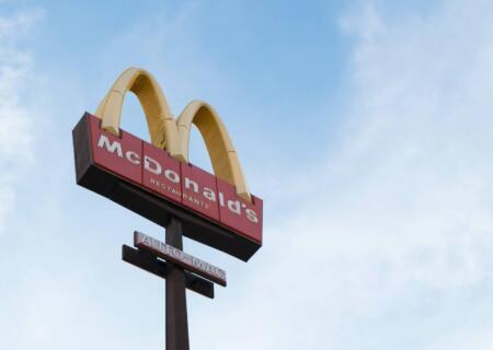 La storia di McDonald's: Come ha fatto a diventare così famoso?
