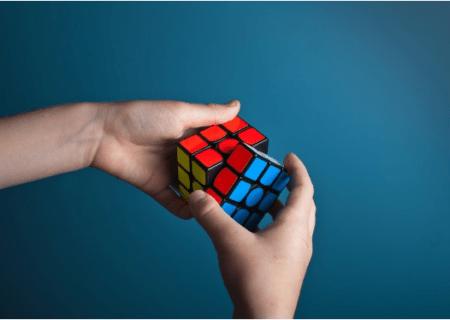 Simboli e parole nel marketing: risolvere il cubo di Rubik delle emozioni
