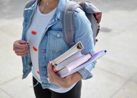 Come organizzare lo studio in modo efficace: 5 Consigli pratici e veloci