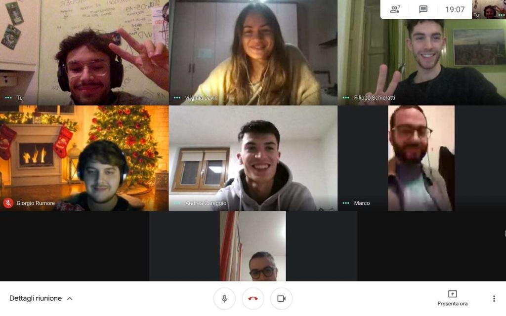 studenti english group start2impact